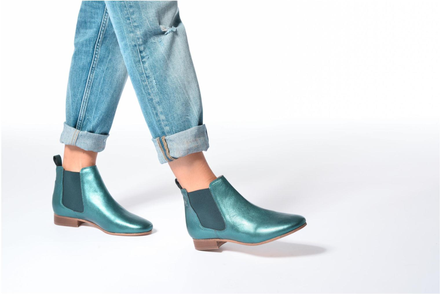 Ankle boots Bensimon Boots Chelsea Bronze and Gold view from underneath / model view