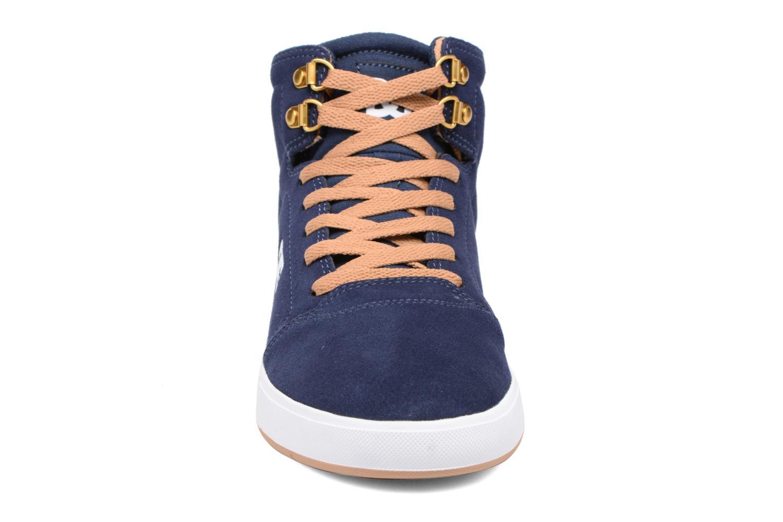 Baskets DC Shoes Crisis High Bleu vue portées chaussures