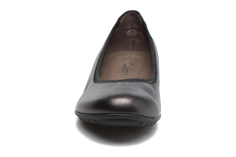 Ballerines Gabor Lena Gris vue portées chaussures