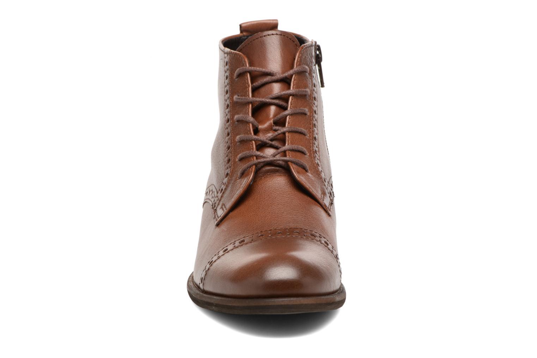 Boots en enkellaarsjes Gabor Alina Bruin model