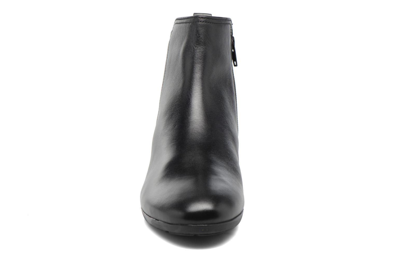 Bottines et boots Gabor Luisa Noir vue portées chaussures