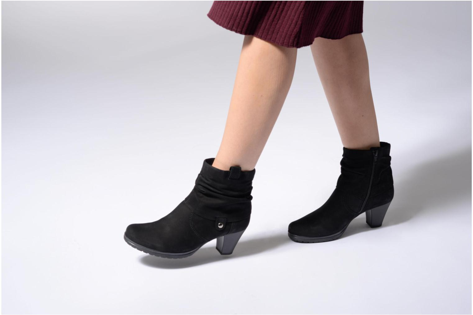 Ankle boots Gabor Celina Black view from underneath / model view