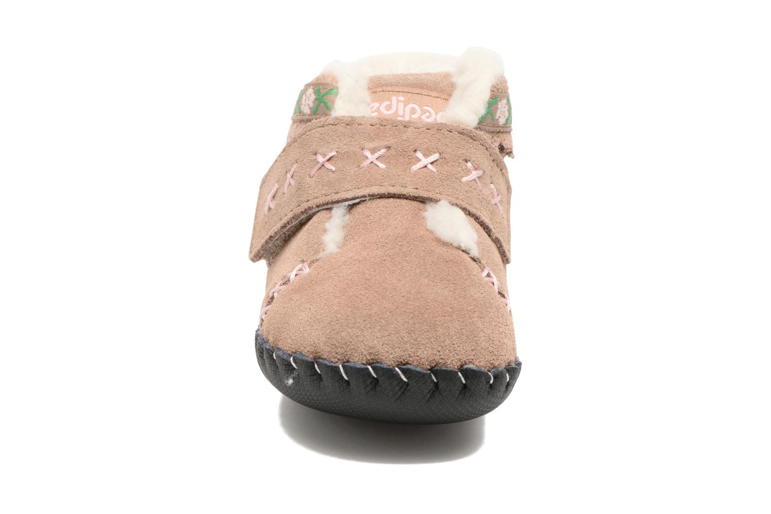 Slippers Pediped Rosa Beige model view