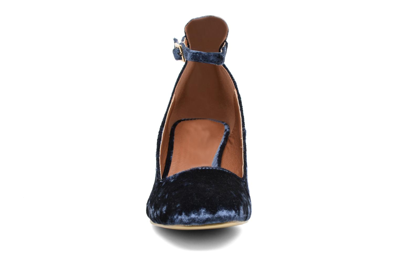 Bailarinas I Love Shoes CAMILLA Azul vista del modelo