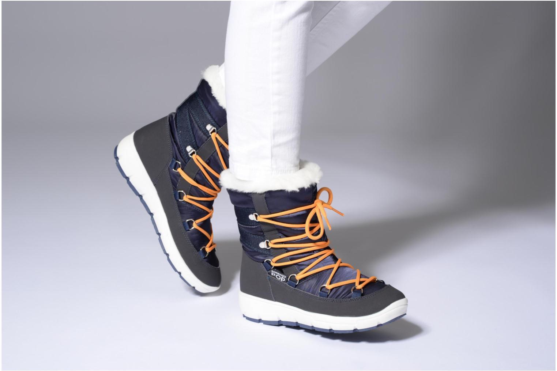 Sportschuhe SARENZA POP MOWFLAKE Bottes de neige  Snow boots blau ansicht von unten / tasche getragen