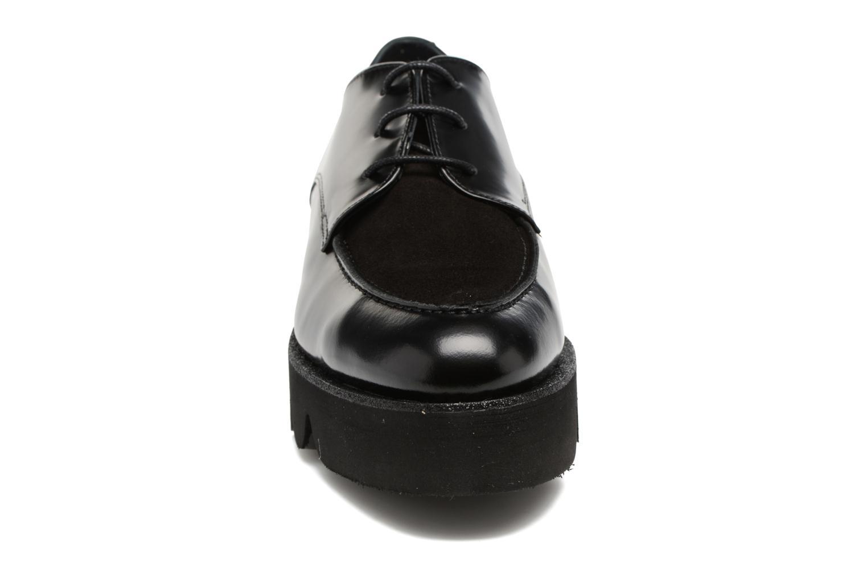 Schnürschuhe Anaki Stacey schwarz schuhe getragen