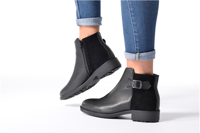 Bottines et boots Aigle Chante Low Noir vue bas / vue portée sac