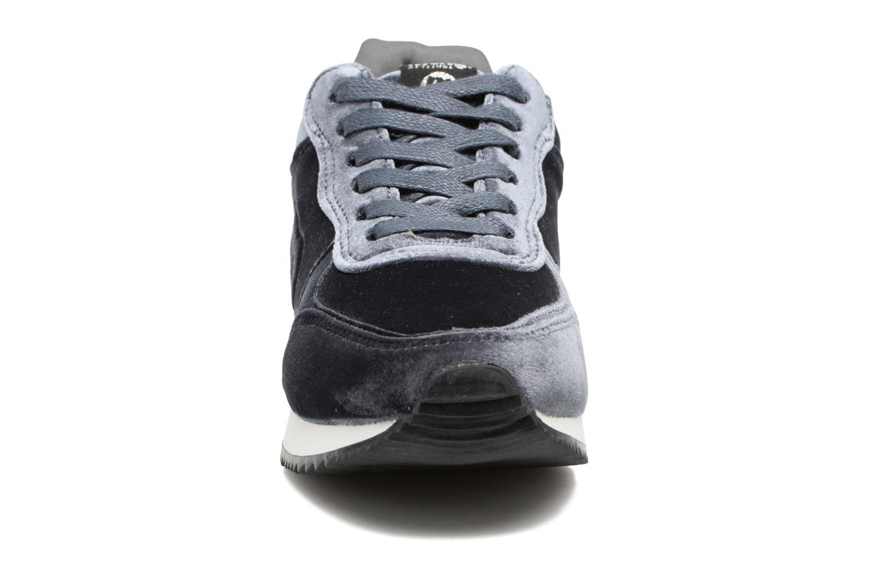 Baskets MTNG Stela Gris vue portées chaussures