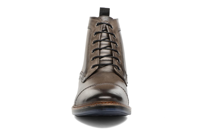 Bottines et boots Base London Hockney Gris vue portées chaussures