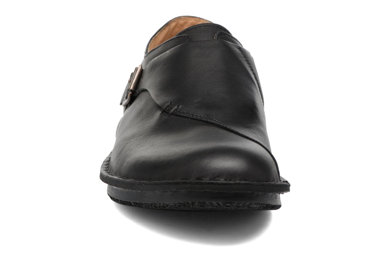 Mocassins Kickers WABUCKLOW Noir vue portées chaussures