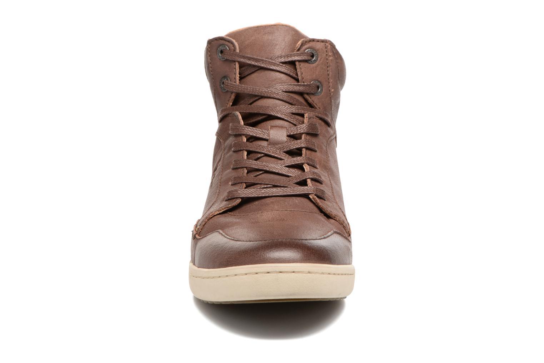 Baskets Kickers CROSSOVER Marron vue portées chaussures