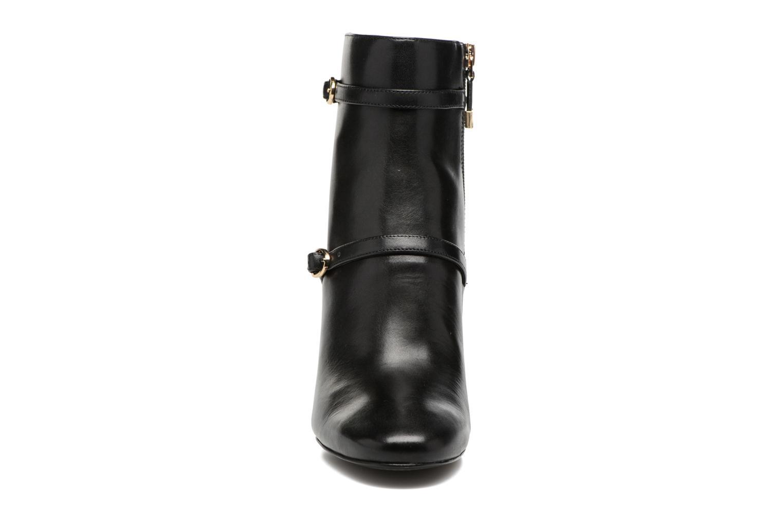 Bottines et boots What For Thomas Noir vue portées chaussures