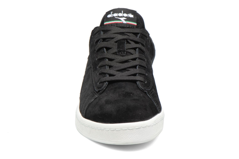 Sneakers Diadora GAME LOW S Nero modello indossato