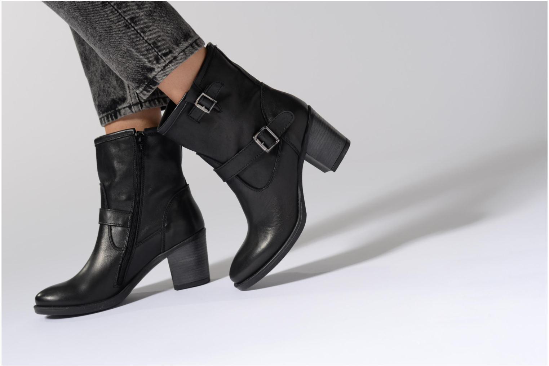 Bottines et boots Georgia Rose Malicia Marron vue bas / vue portée sac