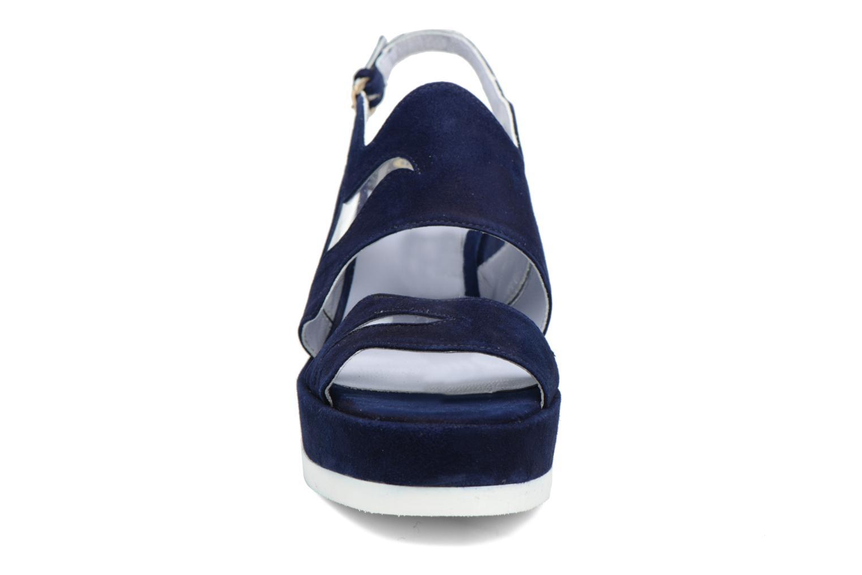 Sandali e scarpe aperte Apologie Matthieu Azzurro modello indossato