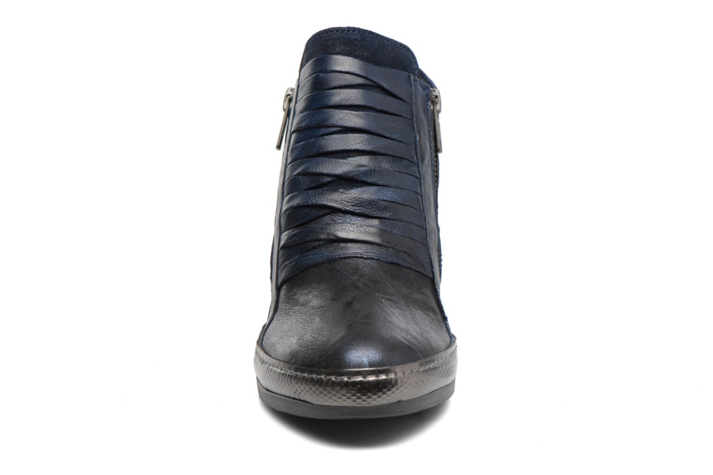 Baskets Khrio Lanfirvar Bleu vue portées chaussures