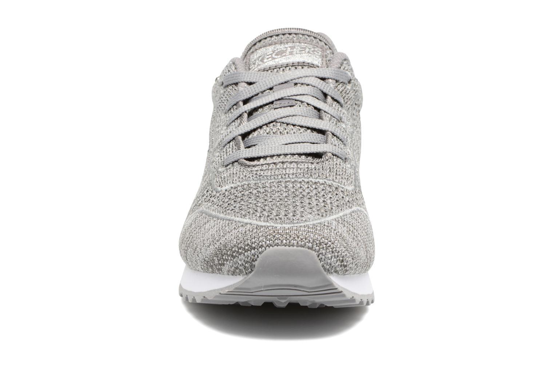 Sneaker Skechers OG 85 Low Flyers grau schuhe getragen