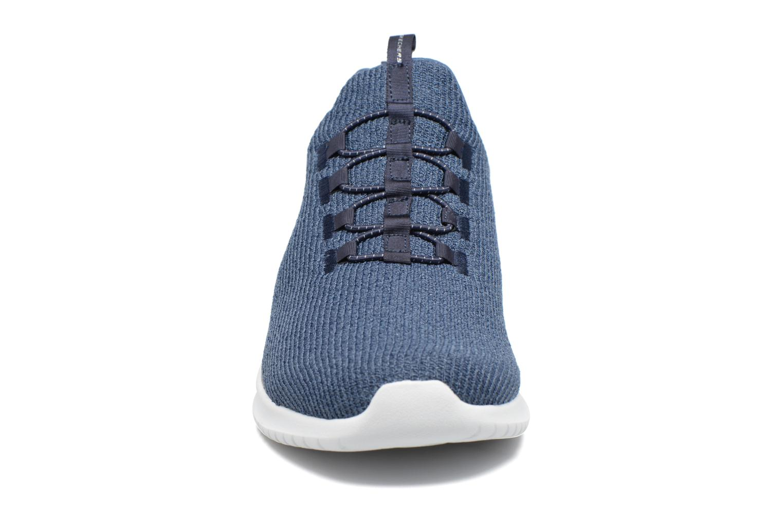 Chaussures de sport Skechers Ultra Flex Bleu vue portées chaussures