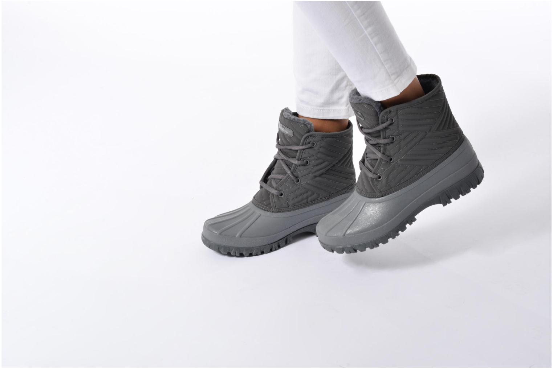 Sportschuhe Skechers Windom dry spell schwarz ansicht von unten / tasche getragen