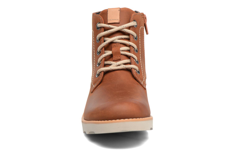 Bottines et boots Clarks Dexy Top Marron vue portées chaussures