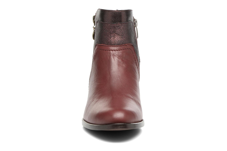 Bottines et boots Karston GLENO Bordeaux vue portées chaussures