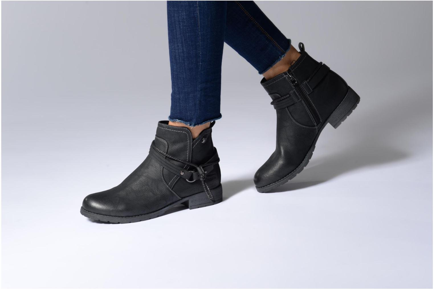 Ankle boots Tom Tailor Sabrina Black view from underneath / model view