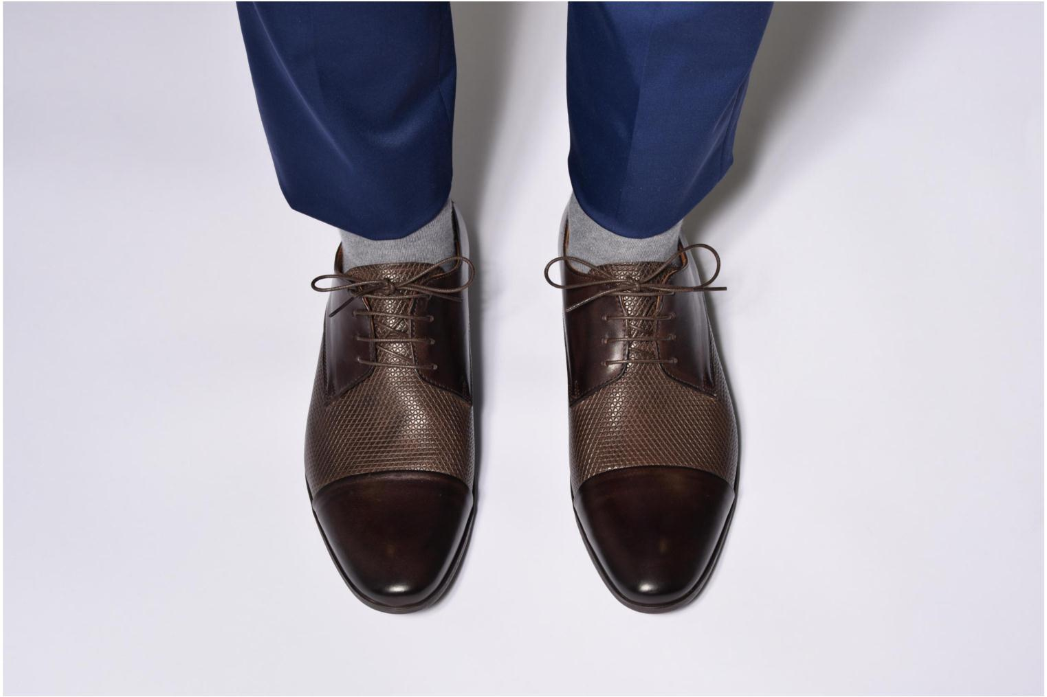 Lace-up shoes Marvin&co Nutley Black view from underneath / model view