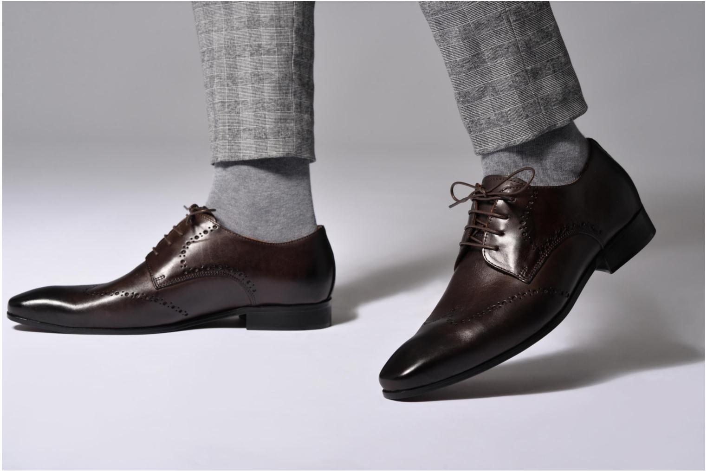 Chaussures à lacets Marvin&Co Nottage Noir vue bas / vue portée sac