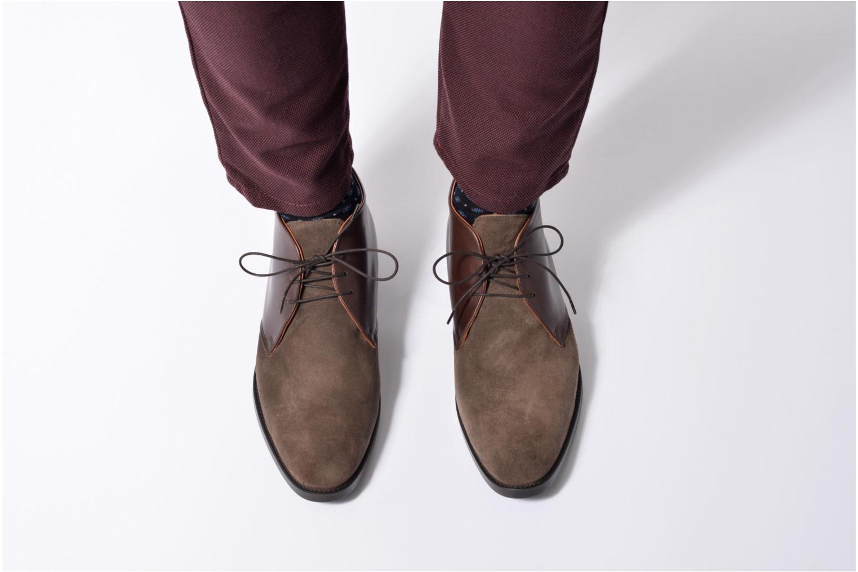 Chaussures à lacets Mr SARENZA Testu Marron vue bas / vue portée sac