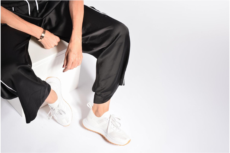 Sneaker Adidas Originals Flb W Pk weiß ansicht von unten / tasche getragen