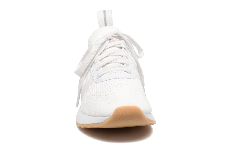 Baskets Adidas Originals Flb W Pk Blanc vue portées chaussures