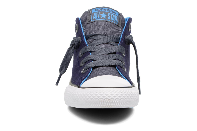 Sneaker Converse Chuck Taylor All Star Street Leather Mid blau schuhe getragen