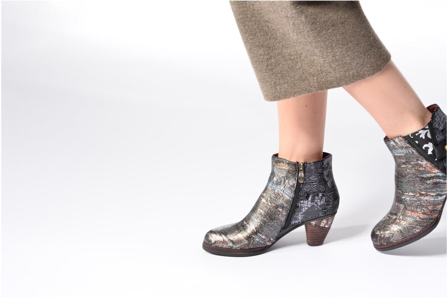 Ankle boots Laura Vita Alizee 41 Silver view from underneath / model view