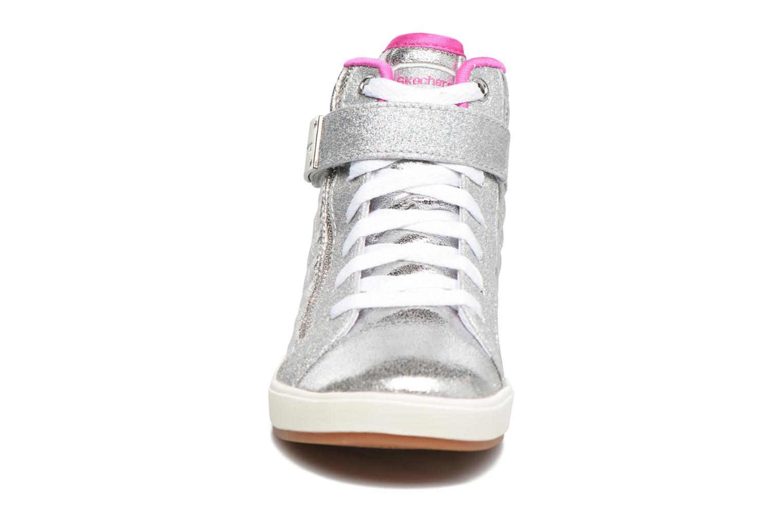 Baskets Skechers Shoutouts Quilted Crush Argent vue portées chaussures
