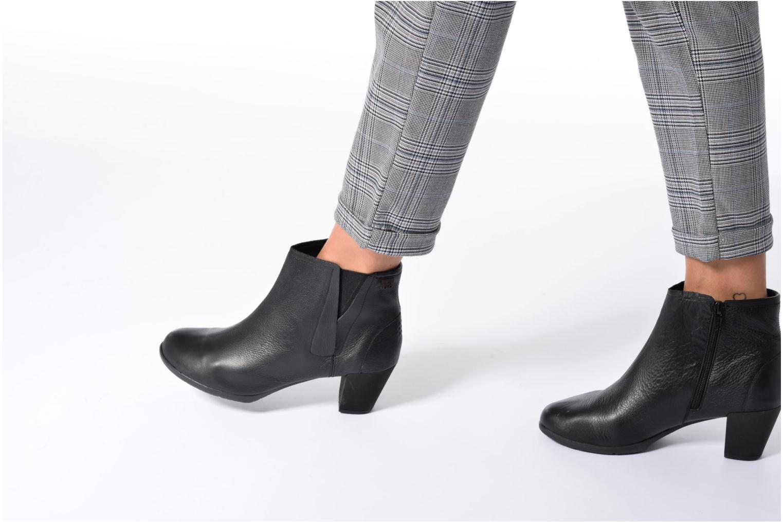 Bottines et boots TBS Kristie Noir vue bas / vue portée sac
