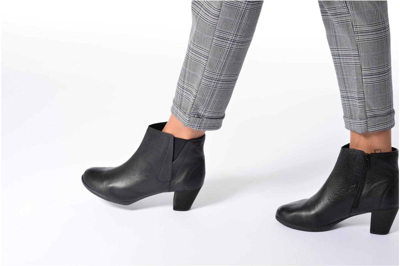 Boots en enkellaarsjes TBS Kristie Zwart onder