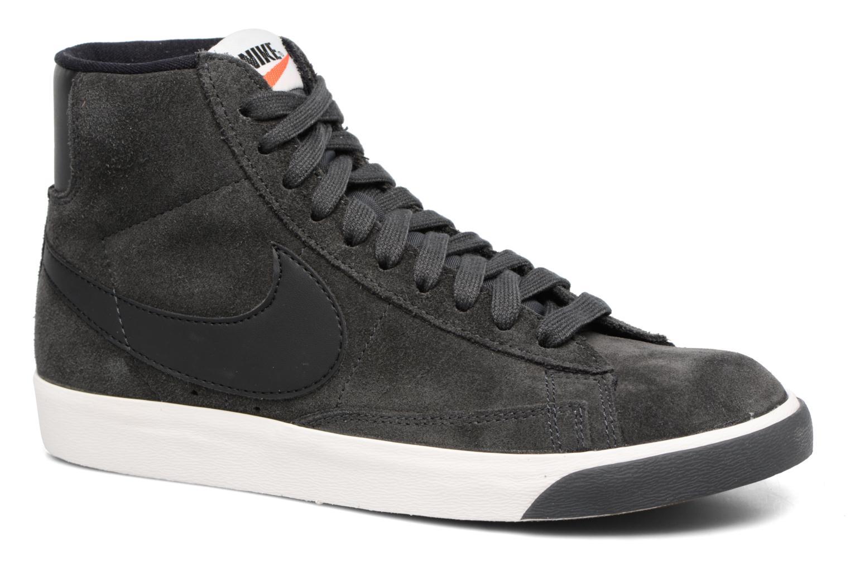 Baskets Nike Wmns Blazer Mid Vntg Suede Gris vue détail/paire