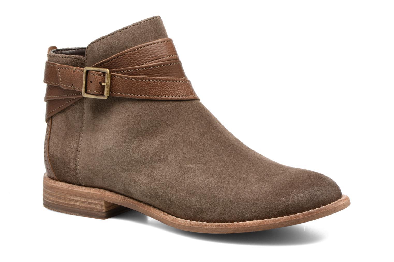 Bottines et boots Clarks Maypearl Edie Marron vue détail/paire