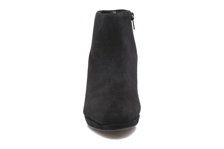 Boots en enkellaarsjes Clarks Kelda Nights1 Zwart model