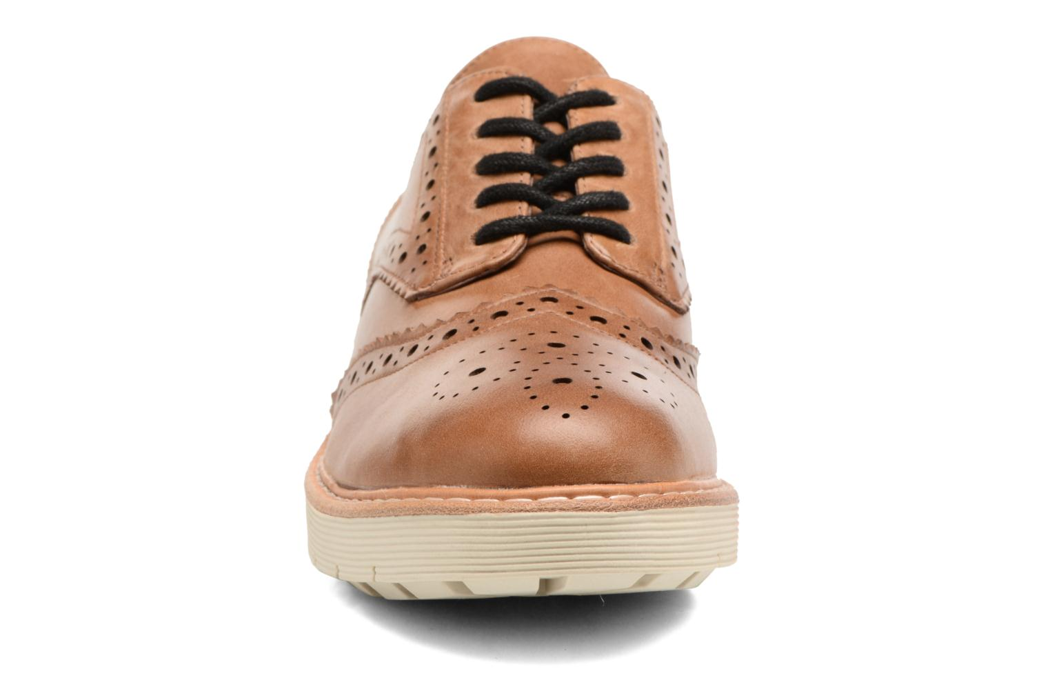 Lace-up shoes Clarks Witcombe Echo Brown model view