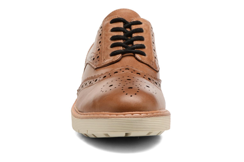 Grandes descuentos últimos zapatos Clarks Witcombe Echo (Marrón) - Zapatos con cordones Descuento