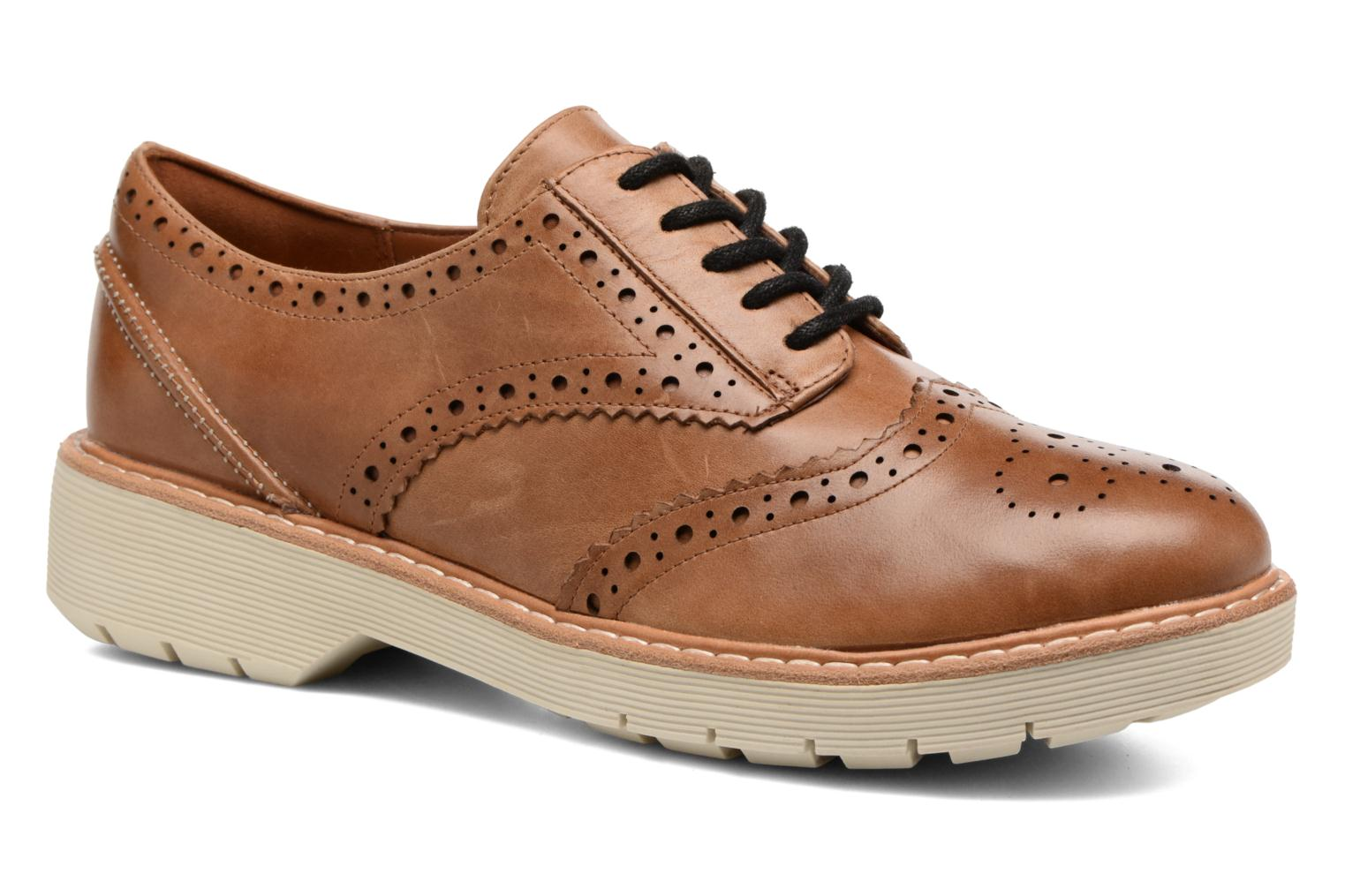 Lace-up shoes Clarks Witcombe Echo Brown detailed view/ Pair view