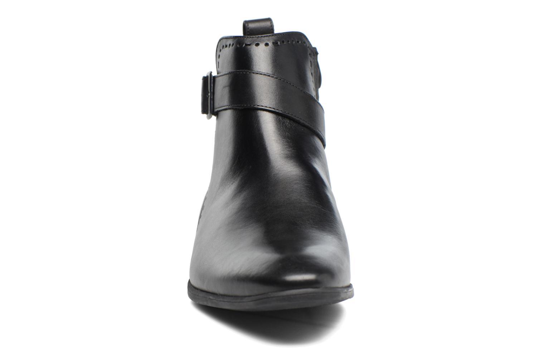 Bottines et boots Clarks Bampton Mid Noir vue portées chaussures