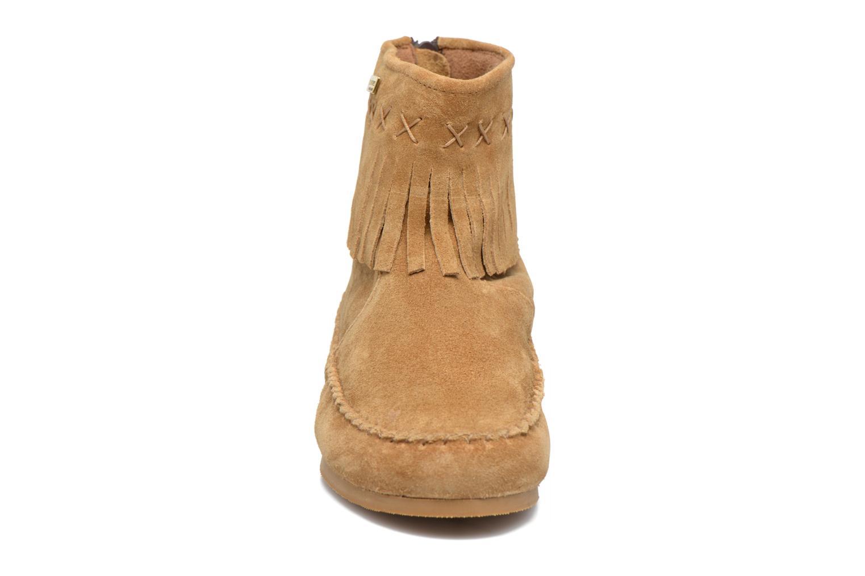 Bottines et boots Les Tropéziennes par M Belarbi Crabe J Marron vue portées chaussures