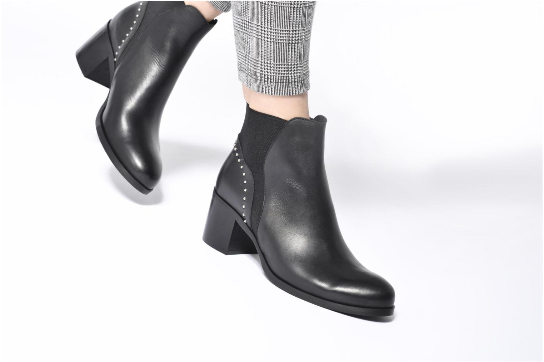 Bottines et boots Georgia Rose Soulia Noir vue bas / vue portée sac