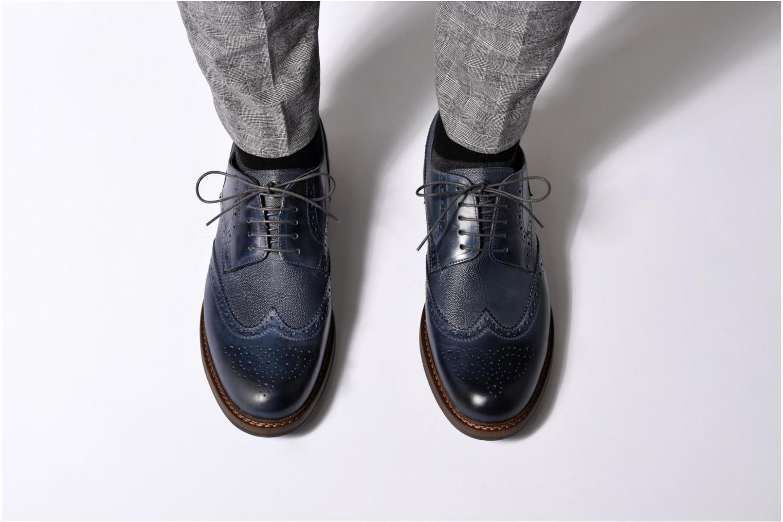 Chaussures à lacets Mr SARENZA Nubia Bleu vue bas / vue portée sac
