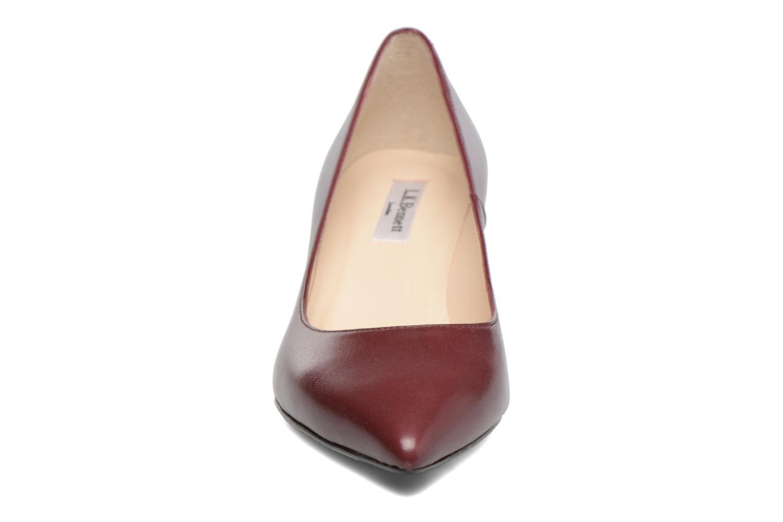 Escarpins L.K. Bennett Audrey Bordeaux vue portées chaussures