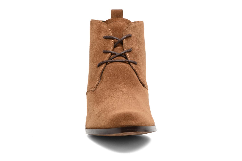 Bottines et boots Elizabeth Stuart Ilis 334 Marron vue portées chaussures