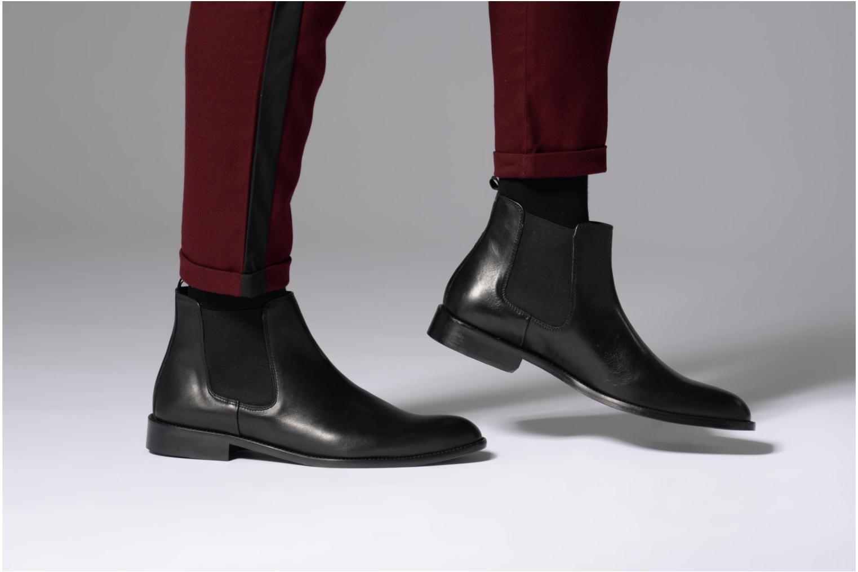 Bottines et boots Marvin&Co Rothwell Noir vue bas / vue portée sac