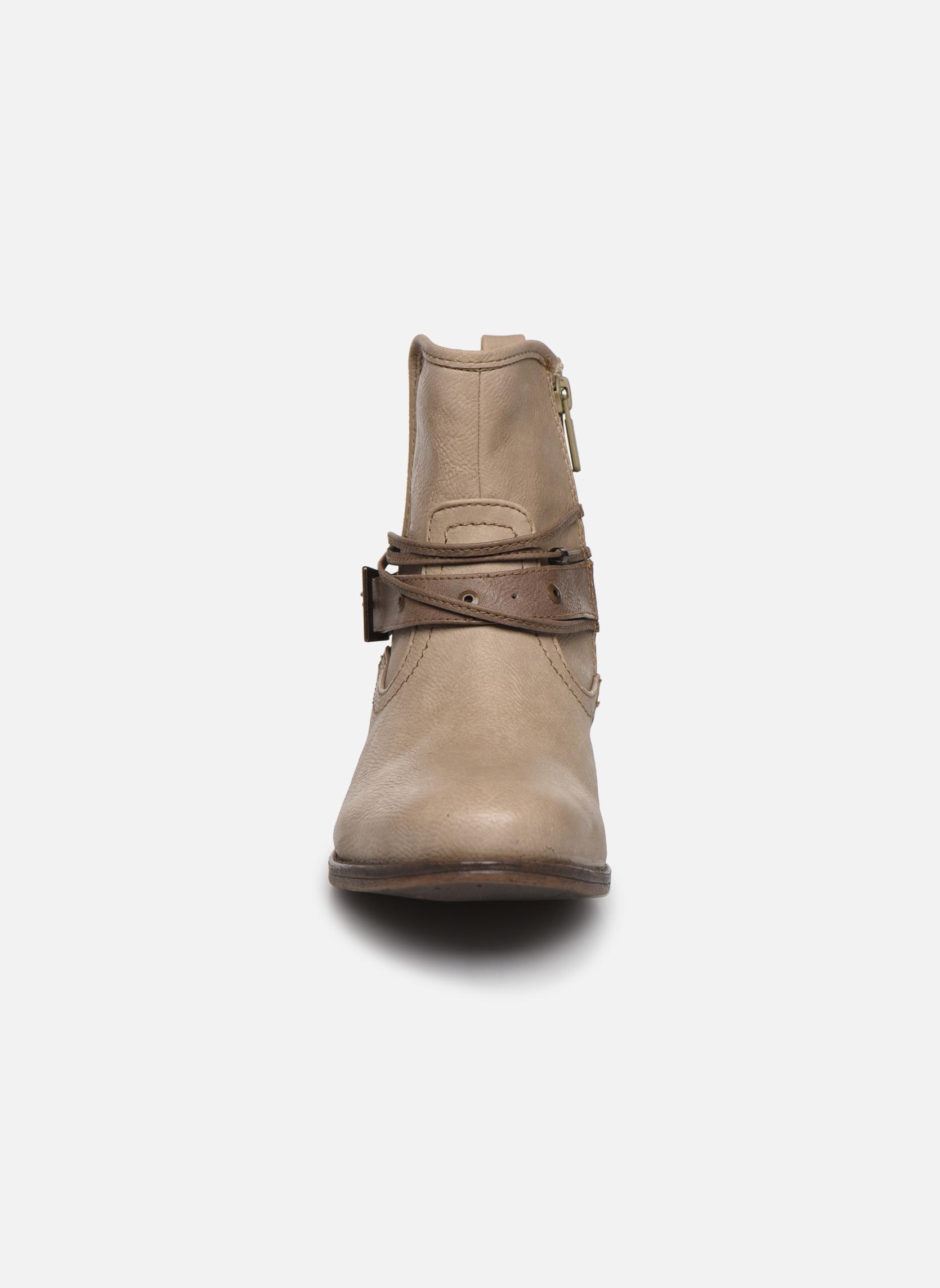 Bottines et boots Mustang shoes Himdele Beige vue portées chaussures